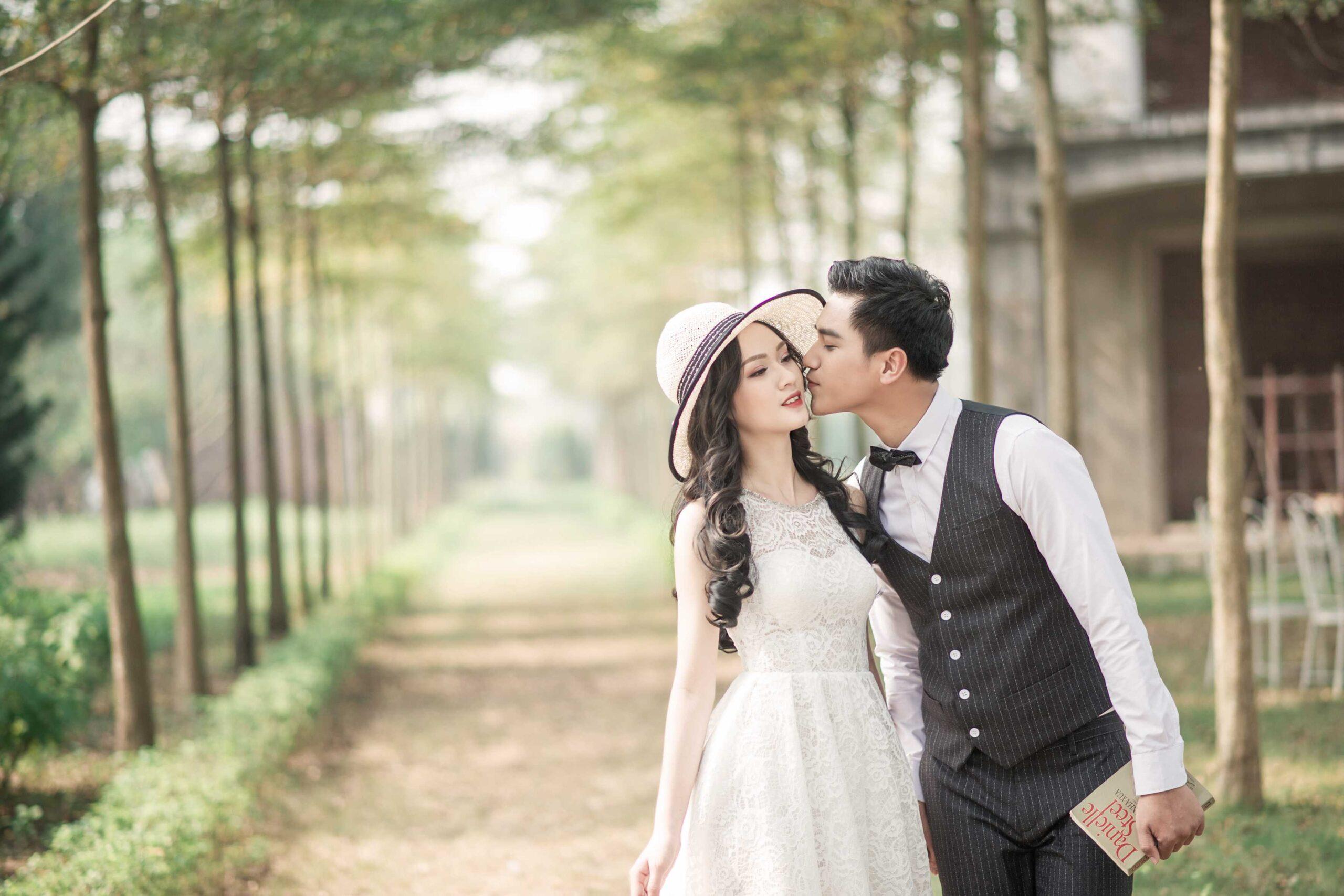 Chụp ảnh cưới tại Biệt thự Hoa Hồng Mê Linh Rose Valley