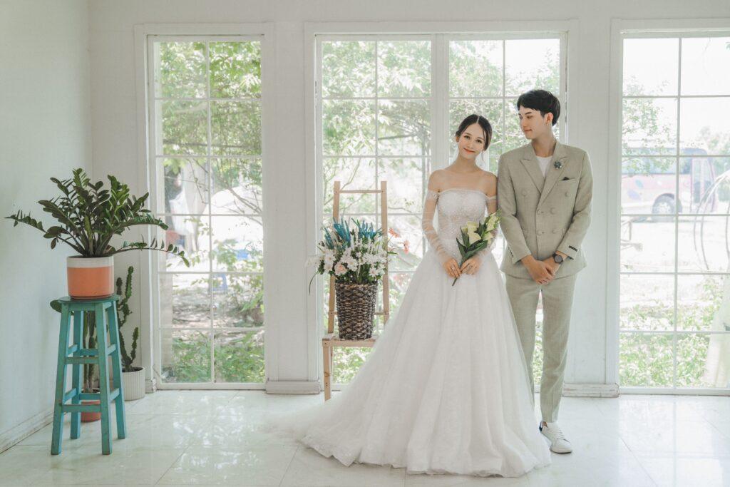 Chụp ảnh cưới tại Thảo Nguyên Hoa Long Biên