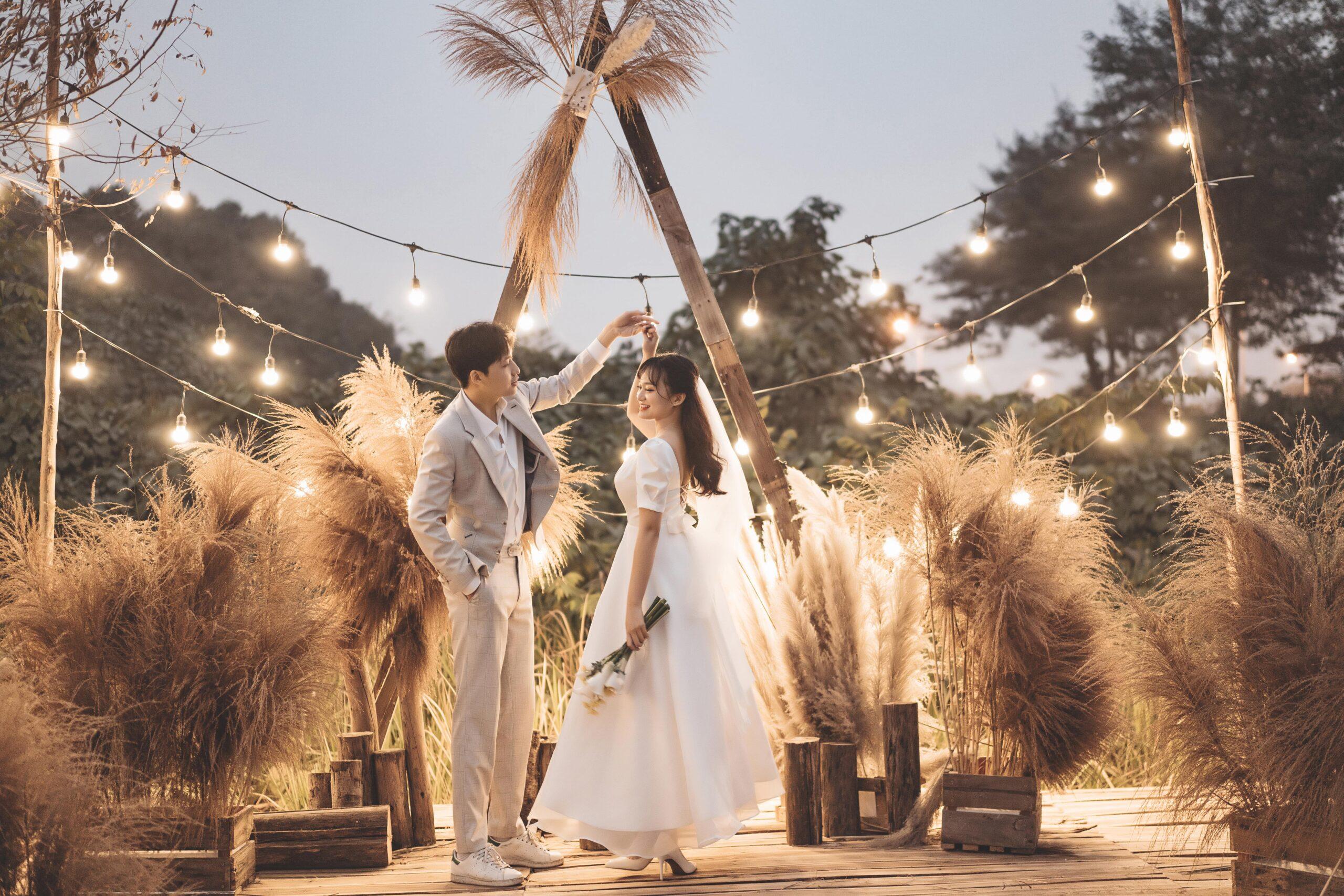 Chụp ảnh cưới trước ngày cưới bao lâu