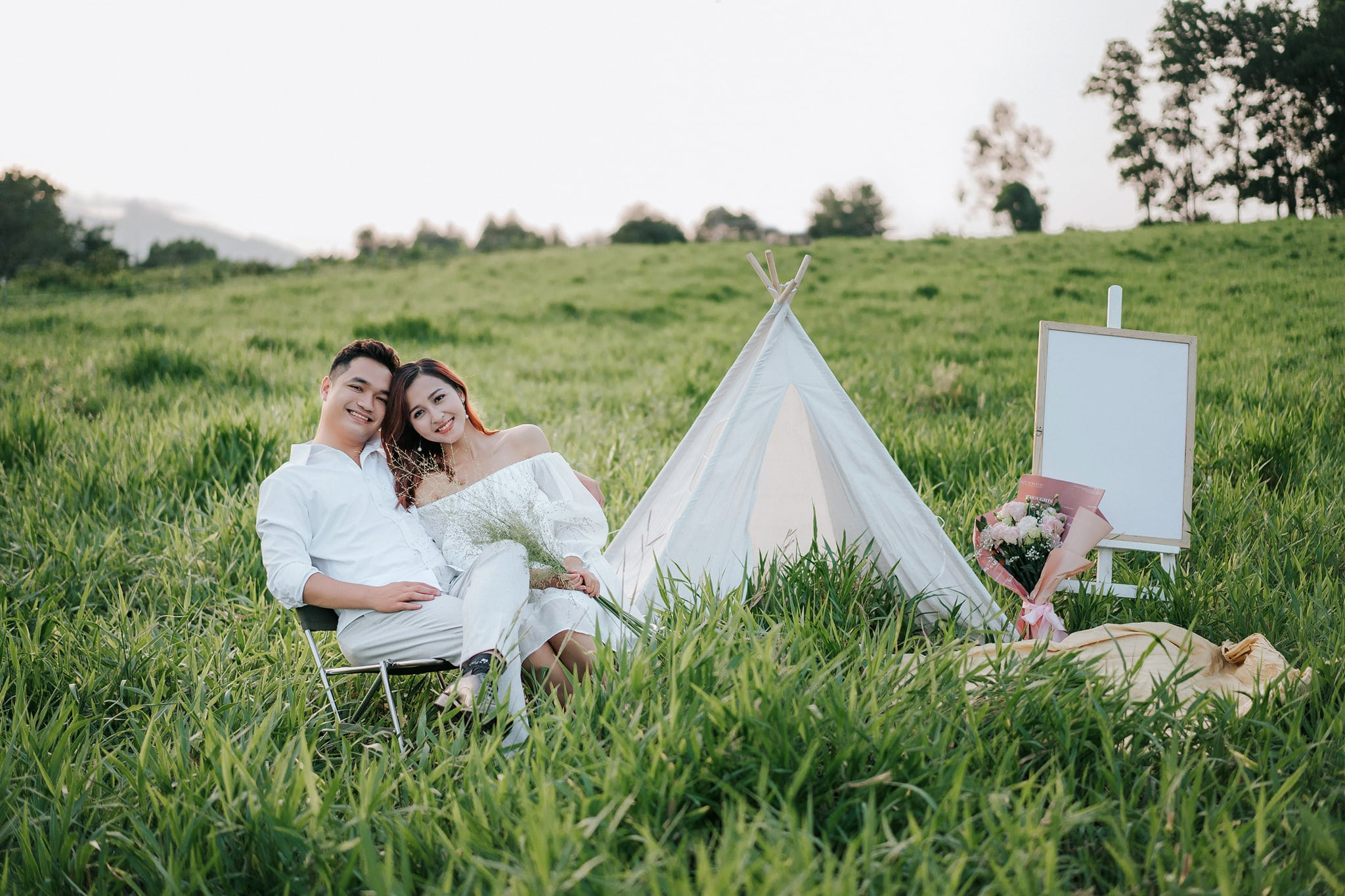 chụp ảnh gia đình kỉ niệm ngày cưới