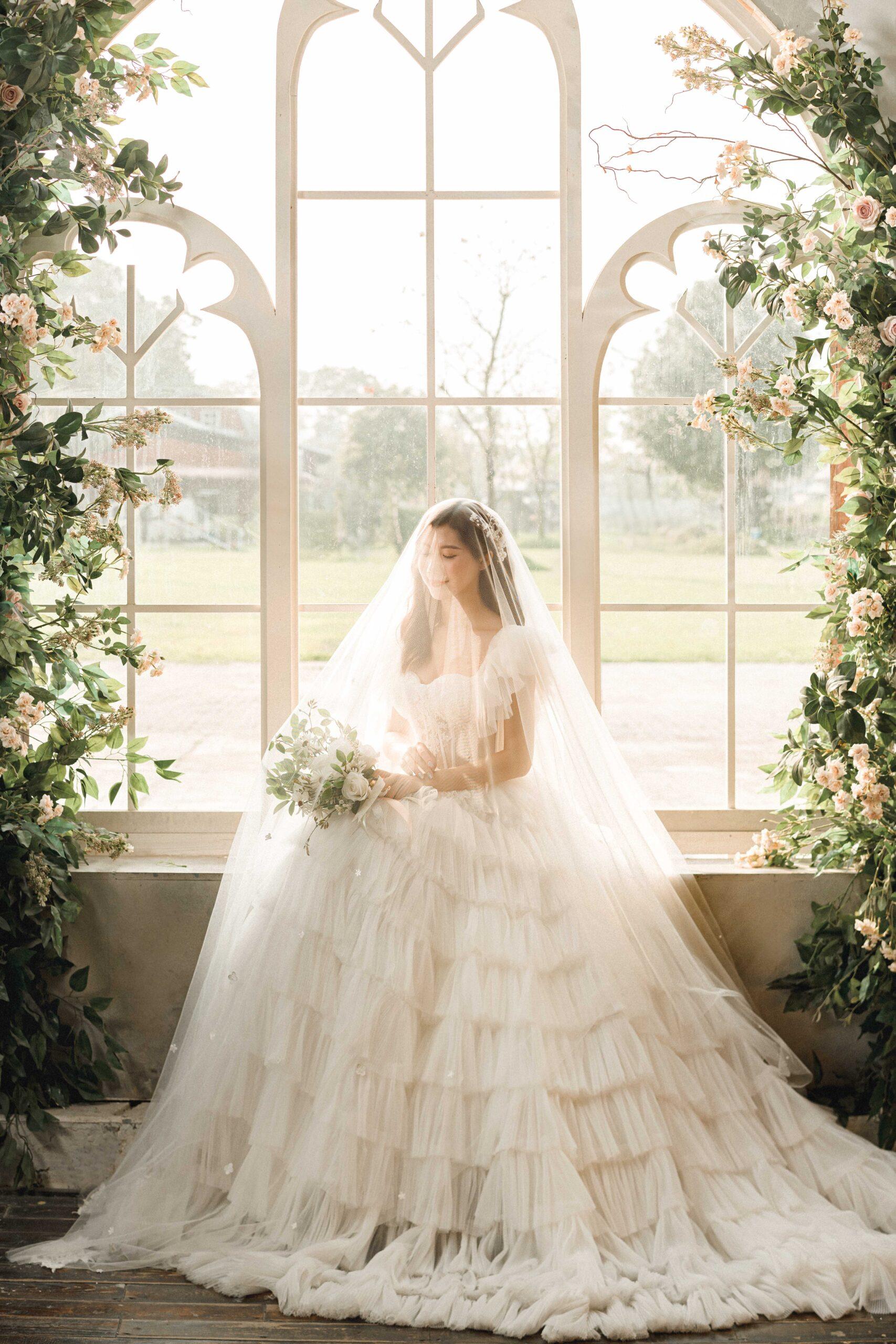 TOP 10 lưu ý khi thuê váy cưới đẹp cho các cô dâu