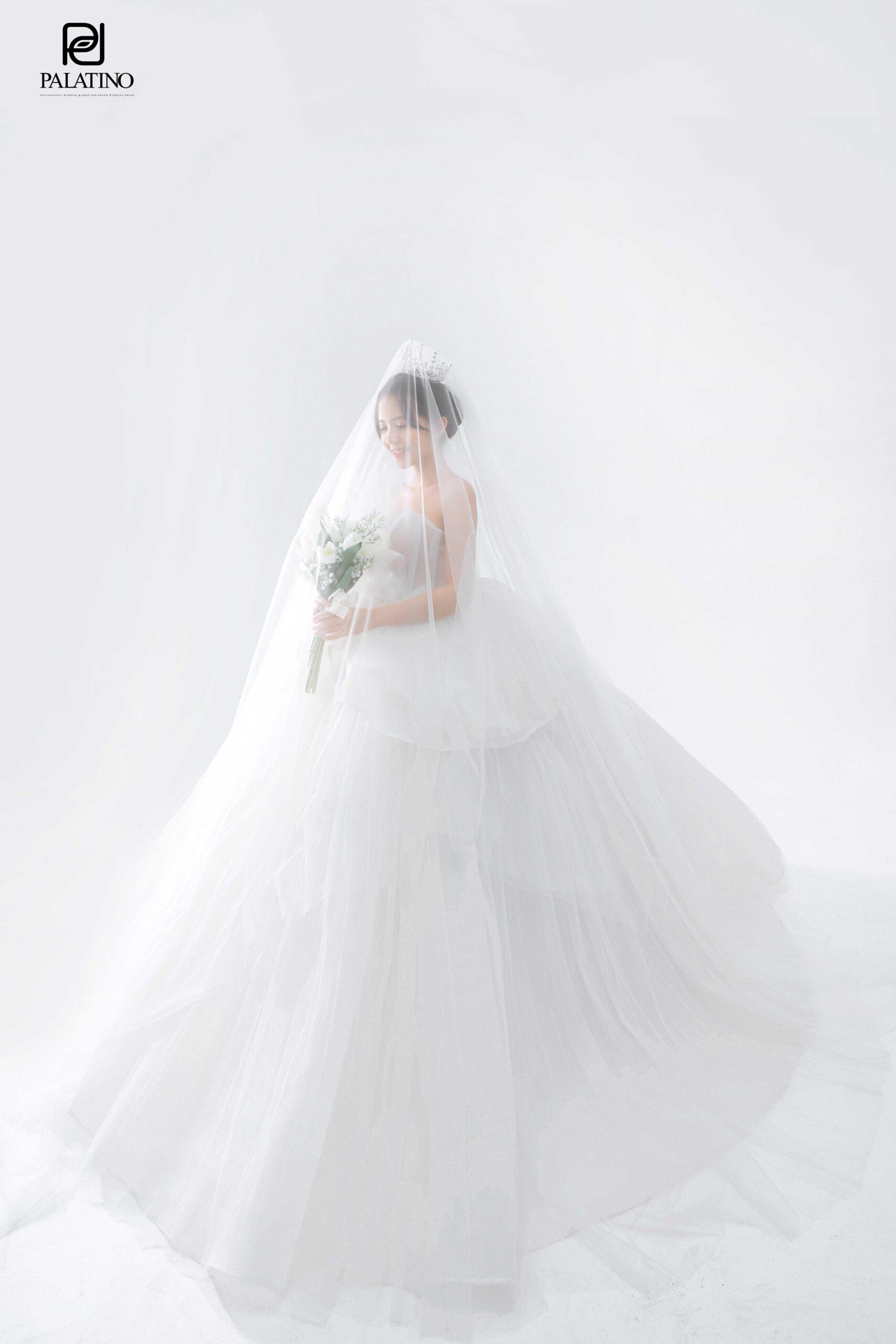 Lưu ý khi thuê váy cưới