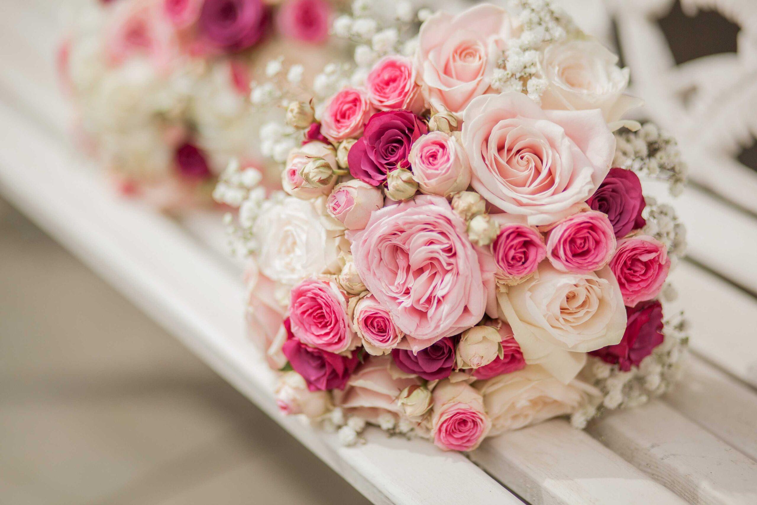 Top 50+ mẫu hoa cưới cho cô dâu xinh xắn và rực rỡ nhất
