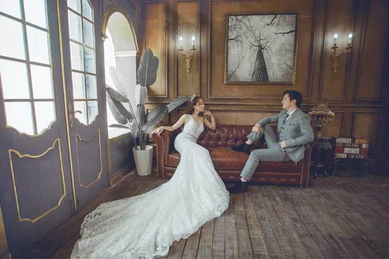Chụp ảnh cưới nên mặc váy gì