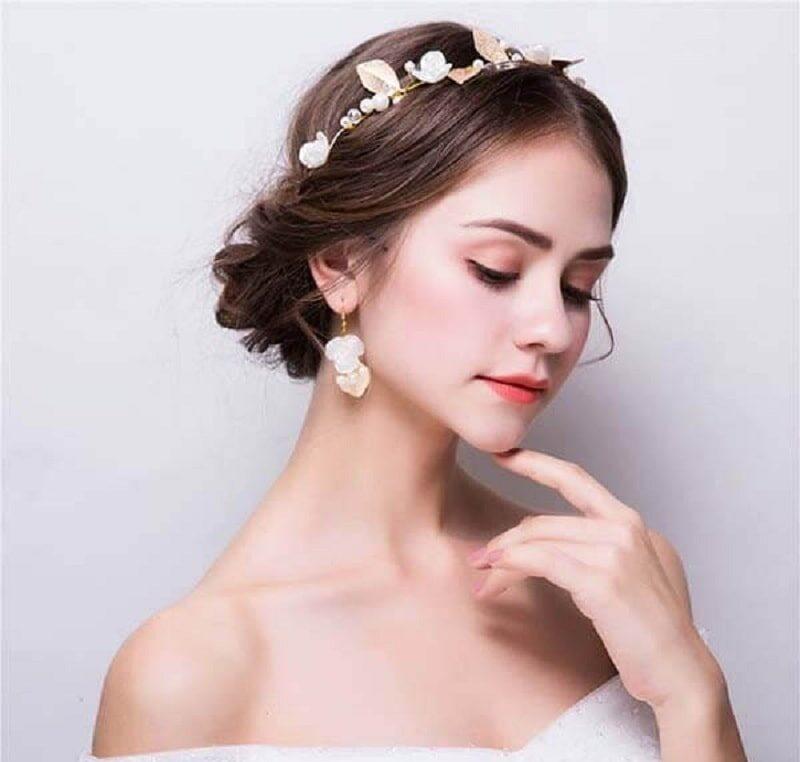 makeup cô dâu tóc ngắn đẹp