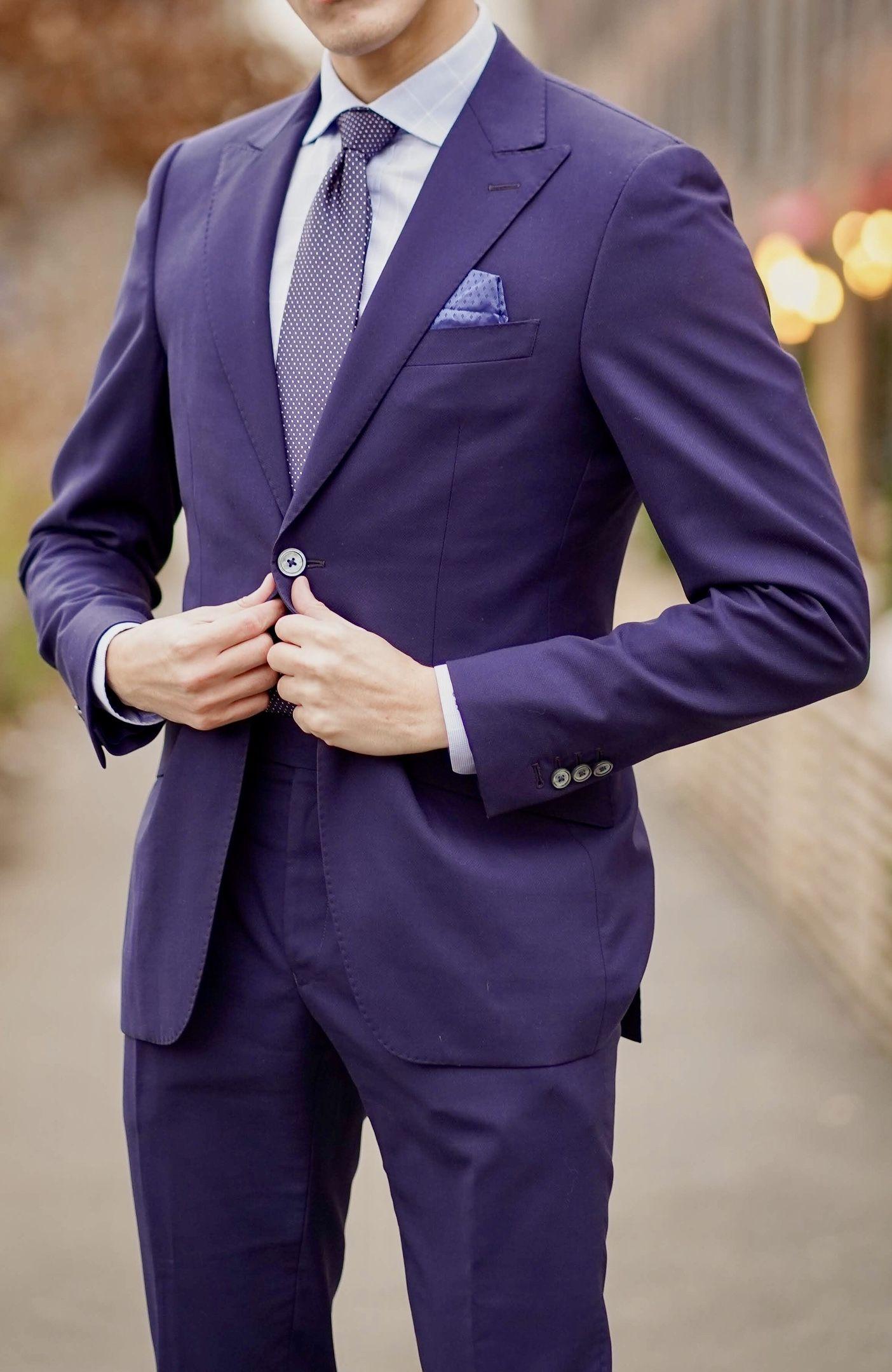 Chụp ảnh cưới nên mặc vest màu gì