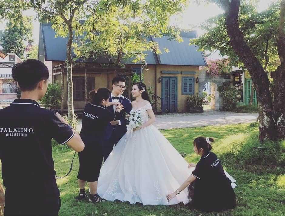Bảng giá trọn gói chụp ảnh cưới studio tại Hà Nội giá rẻ uy tín