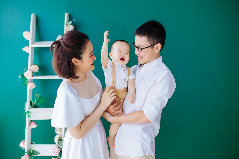 Trang phụ chụp ảnh gia đình