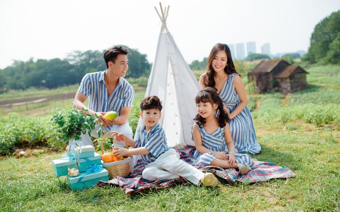 Các ý tưởng chụp ảnh gia đình ngoài trời